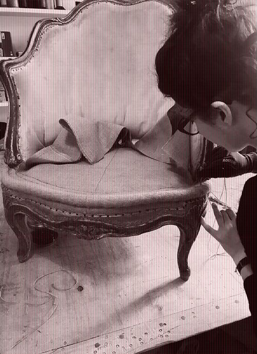 Caroline de Surmont, tapissier d'ameublement